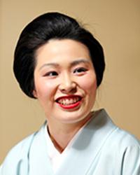 日本舞踊家 井上安寿子
