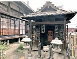 temple-f.jpg